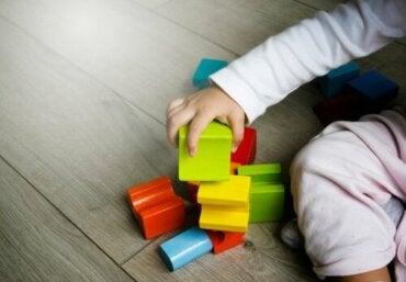 Psychomotricité pendant l'enfance : observation et intervention