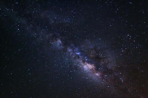 Stephen Hawking était un astrophysicien célèbre