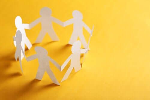 Origines, caractéristiques et concepts de la psychologie communautaire