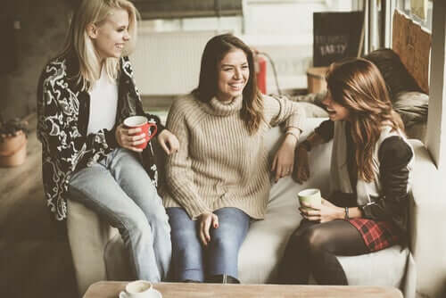 Une jeune fille bien entourée ayant appris à mieux choisir ses amis