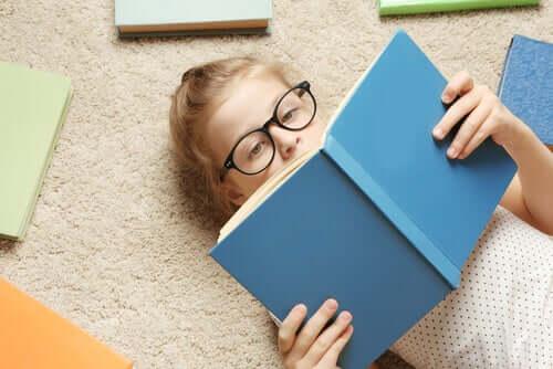 La lecture, une source de gestion émotionnelle pour les enfants.