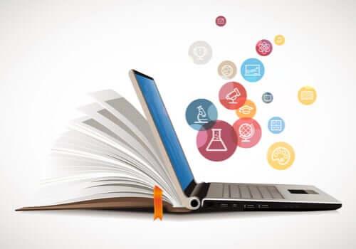 Un livre et un ordinateur