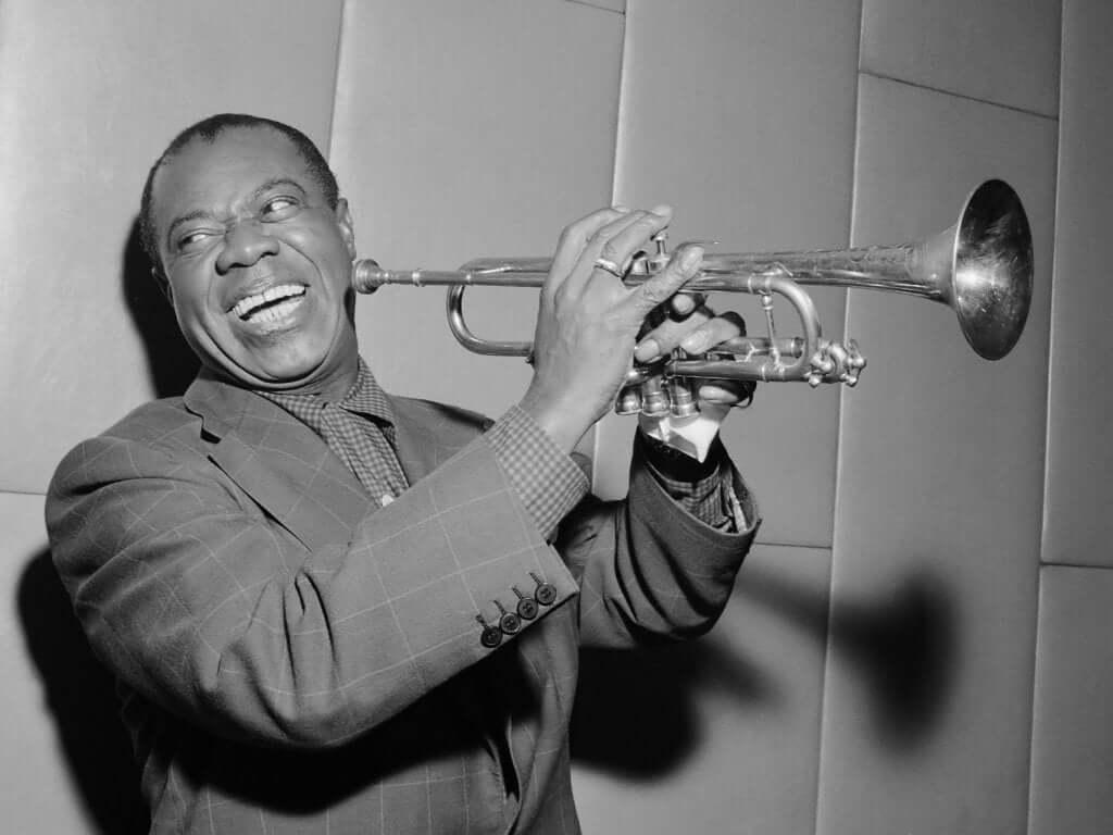 Louis Armstrong, biographie du génie du jazz