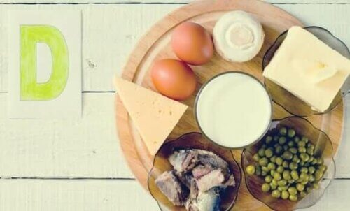La vitamine D est apportée par la lumière solaire ainsi que par certains aliments