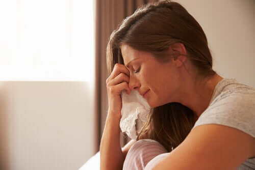 La surcharge émotionnelle au cours de la pandémie : symptômes et affrontement