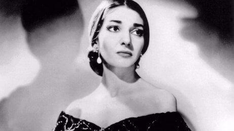 Maria Callas : la biographie d'une voix venue de l'Olympe