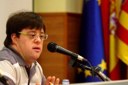 Pablo Pineda parle de la trisomie 21 et de l'éducation