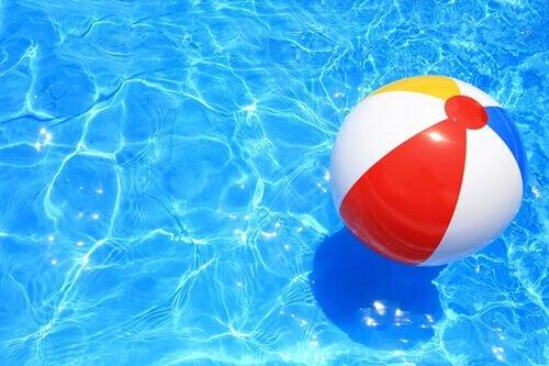 La métaphore du ballon à la plage permet de se sentir plus léger