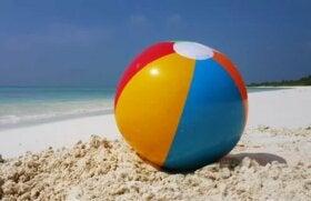 La métaphore du ballon à la plage pour réguler les émotions