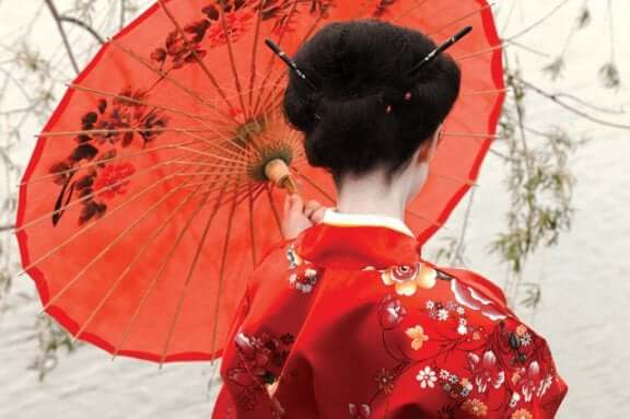 Madame Butterfly avec une ombrelle