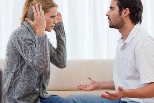 Les narcissiques pensent tout savoir.