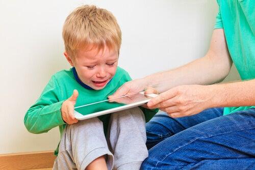 Quels sont les défis de la scolarité en ligne ?