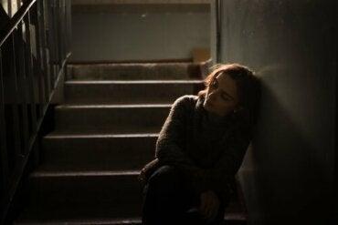 Dévictimiser la victime, en ôtant du pouvoir à l'expérience traumatique