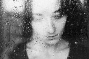 Pourquoi les jours gris nous rendent-ils tristes ?