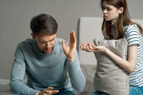 L'hostilité dans une relation : le prélude de la fin
