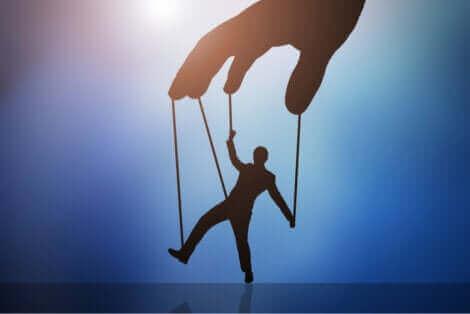 L'esprit d'une personne corrompue est très adaptable.
