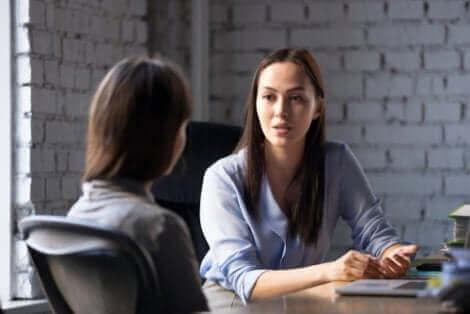 Parler avec honnêteté pour refuser une offre d'emploi.