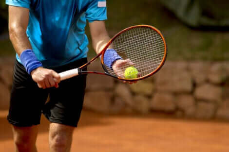 Le tennis requiert des compétences psychologiques.