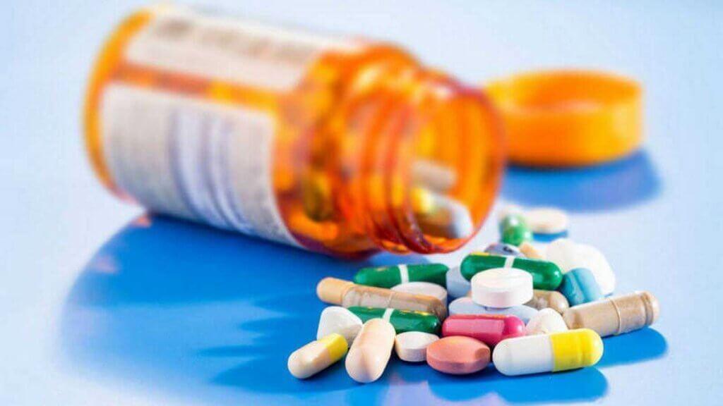 L'akathisie est un effet secondaire de certains médicaments.