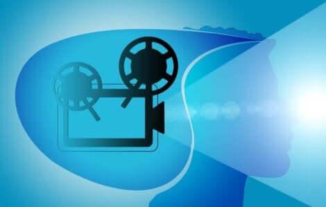 Films mentaux et échelle d'inférnece.