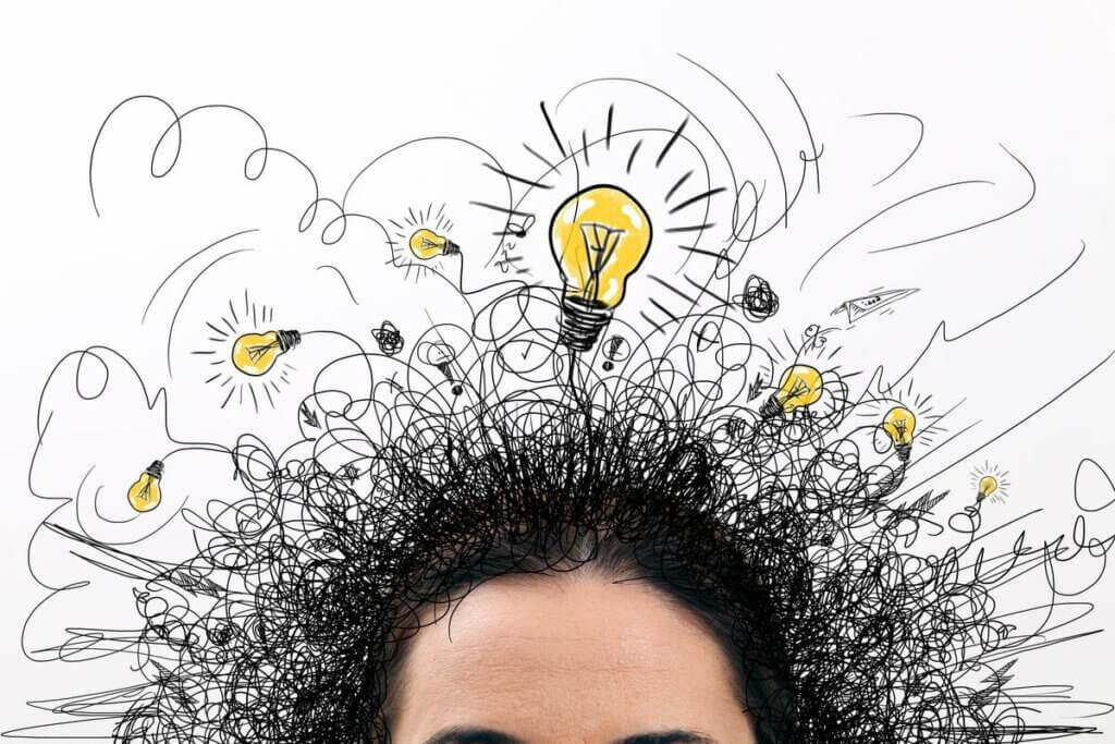 Une personne qui a les idées qui fusent.