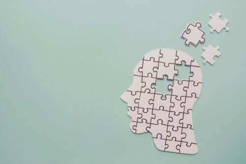 9 différences entre la maladie d'Alzheimer et la démence frontotemporale
