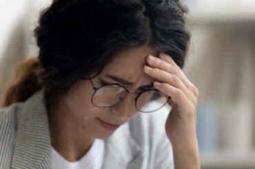 Dépression professionnelle : symptômes, causes et traitement