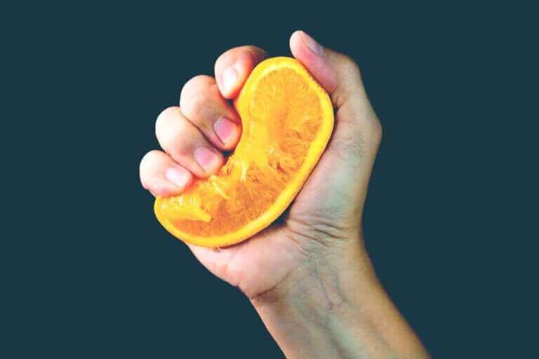 La métaphore de l'orange : quand la vie nous presse...
