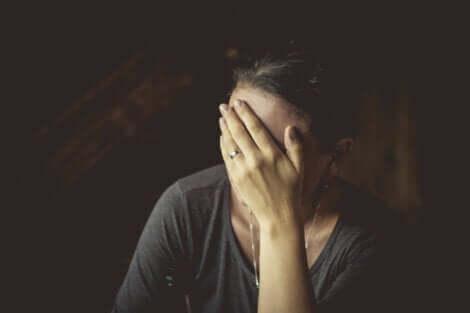 Les symptômes de la dépression psychotique.