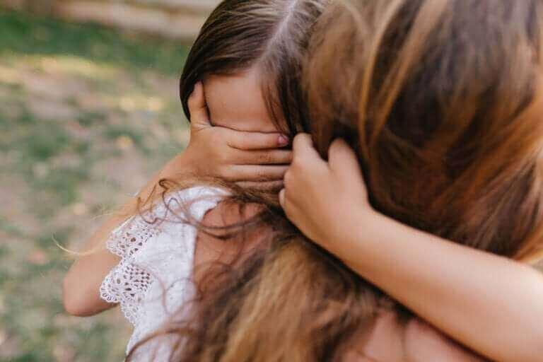 Aider un enfant à surmonter un traumatisme