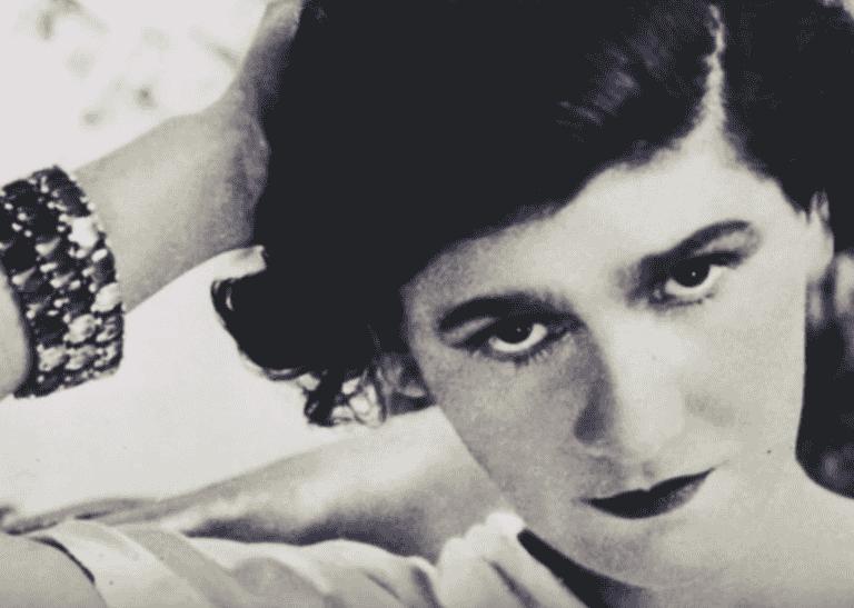 Coco Chanel : biographie d'une icône de l'élégance