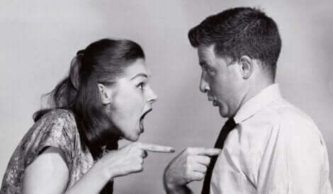Un couple qui se dispute.