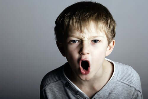 L'enfant intimidateur pourrait demain être un adulte narcissique