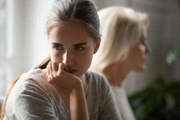 Les parents et le gaslighting (détournement cognitif)