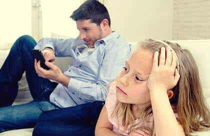 Parents émotionnellement indisponibles : qui sont-ils ?