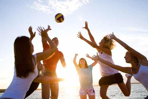 Adolescents qui font du sport.