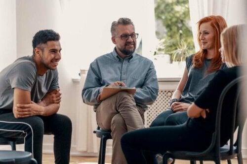 Thérapie de groupe : caractéristiques et objectifs