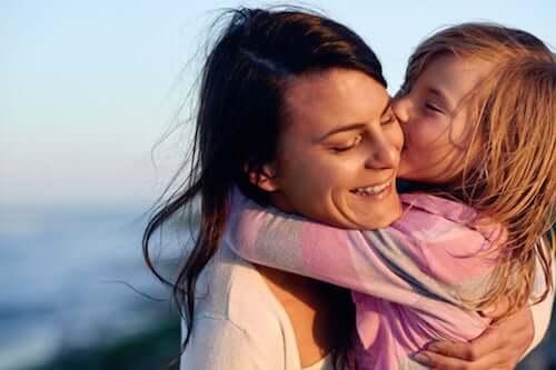 4 défis auxquels les mères célibataires sont confrontées