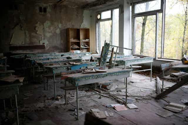 Débris d'une école.