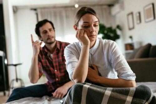 Comment répondre à quelqu'un qui essaie de vous décourager ?