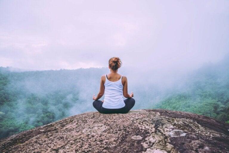 Comment apprendre à méditer : 10 étapes simples et utiles