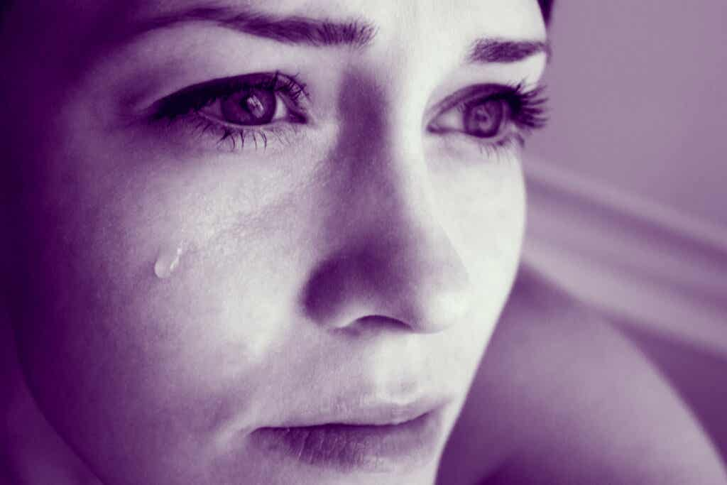 Une femme triste.