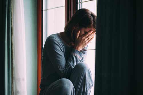 Violence dans l'agression sexuelle.